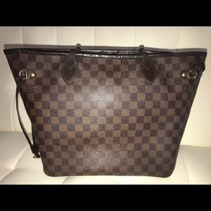 LV Neverfull Tote MM